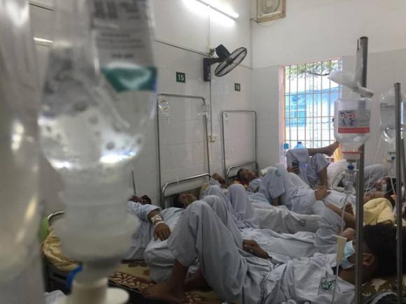 Sốt xuất huyết đang rất nguy hiểm ở Hà Nội. Hơn 13.200 người mắc, 6 ca tử vong.