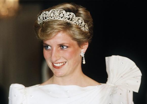 Sau 20 năm im lặng, trợ lý thân cận nhất mới lên tiếng về vụ tai nạn cướp đi sinh mạng của Công nương Diana - Ảnh 4.