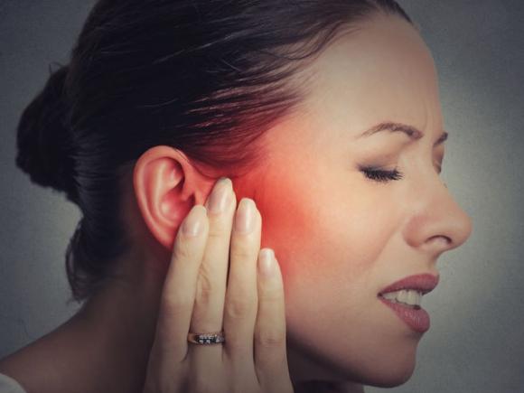 Sởn gai ốc khi biết những tác hại của việc nhịn hắt hơi - 2