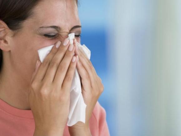 Sởn gai ốc khi biết những tác hại của việc nhịn hắt hơi - 6