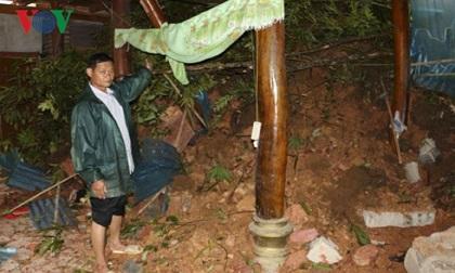 Mưa lũ ở Điện Biên gây sạt lở nghiêm trọng, nhiều tuyến đường chia cắt