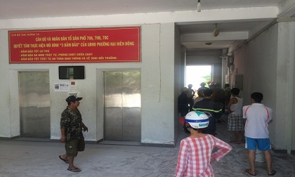 Đà Nẵng: Xe máy phát nổ sau thang máy, cả khu chung cư hoảng hốt