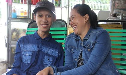 Tìm thấy con trai bị tâm thần mất tích sau 2 tháng, người mẹ vỡ òa hạnh phúc