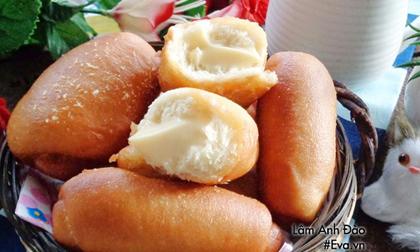 Ăn sáng với bánh mì chiên nhân kem custard chảy thơm lừng, béo ngậy