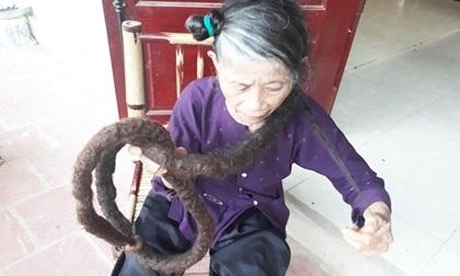 Sau 22 năm xuất hiện mái tóc kỳ lạ, người phụ nữ không biết ốm đau