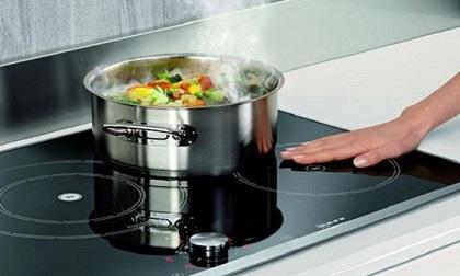 Để dùng bếp từ an toàn và tiết kiệm, bạn nhất thiết phải tránh những điều này