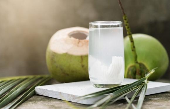 Uống nước dừa 1 tuần liền nhận sự thay đổi kỳ diệu của sức khỏe - 1
