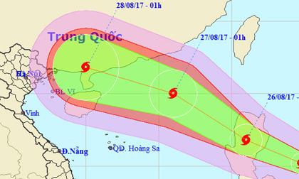 Bão Pakhar liên tục tăng cấp hướng vào Biển Đông
