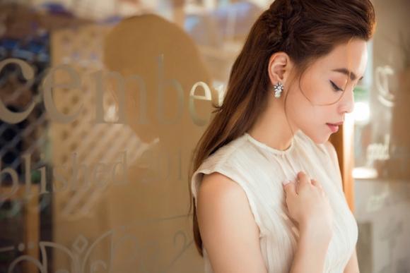 Chưa một lần đám cưới trọn vẹn, Hồ Ngọc Hà có đang dần mất tỉnh táo trong tình yêu?