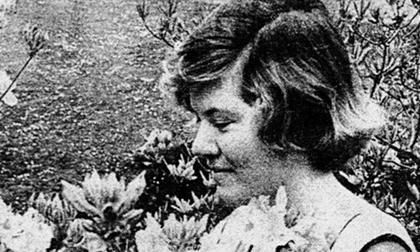 Hé lộ cuộc sống của nữ sát nhân 'lột xác' thành nhà văn lừng danh