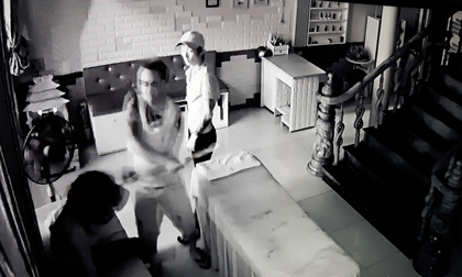 Nghi án cô gái thuê côn đồ chém nữ nhân viên spa 26 nhát rồi đăng clip lên Facebook