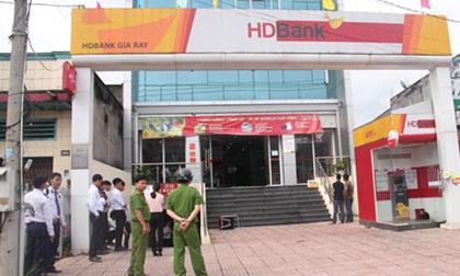 Người đàn ông dũng cảm đuổi đánh nghi phạm cướp ngân hàng ở Đồng Nai