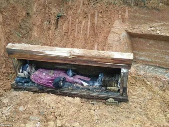 Sau vài trăm năm, xác ướp một quý tộc Trung Quốc vẫn được bảo quản nguyên vẹn đến khó tin - Ảnh 1.