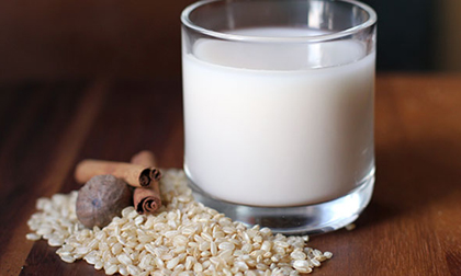 Dịp nghỉ lễ, trổ tài làm sữa gạo thơm ngon, bổ dưỡng đãi cả nhà