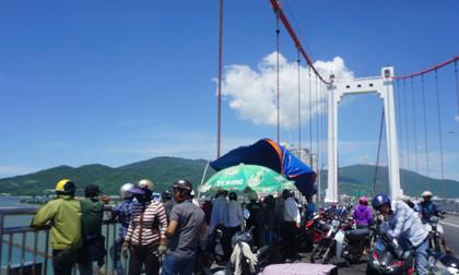 Đà Nẵng: Nam thanh niên nhảy cầu tự tử, nghi do mắc bệnh nan y