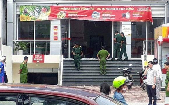 Vụ cướp ngân hàng ở Đồng Nai: Cha mẹ già chết đứng vì 2 con trai là nghi phạm - Ảnh 1.