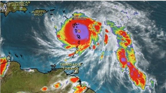 Bão Maria mạnh lên cấp 5, tiếp tục đe dọa khu vực Caribe và Mỹ