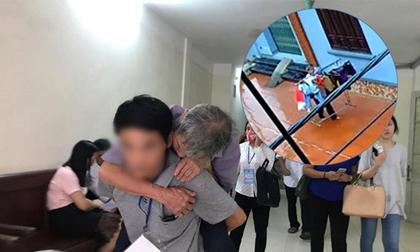 Cha của bé gái 3 tuổi bị đối tượng 79 tuổi hiếp dâm: 'Ông ấy tỏ ra kiệt sức ở tòa nhưng về nhà vẫn đi lại phăng phăng'