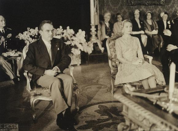 Toàn cảnh đám cưới thế kỷ vươt mặt cả ngày trọng đại của công nương Kate - hoàng tử William về độ xa hoa - Ảnh 3.