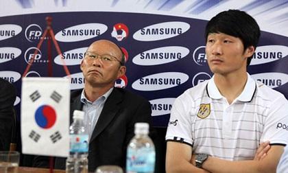 Tân HLV ĐT Việt Nam đang dẫn dắt đội hạng 3 Hàn Quốc