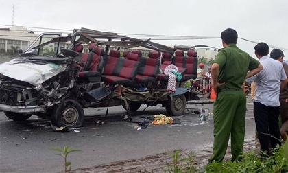 Xe khách tông nhau ở Tây Ninh, 6 người tử vong