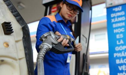 Giá xăng ngày mai sẽ giảm hay tăng tiếp?