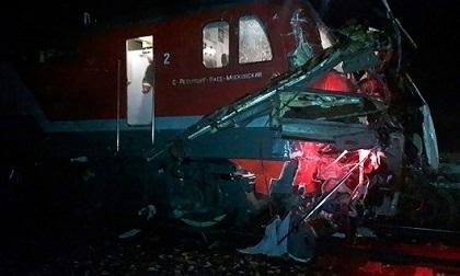 Tàu hỏa đâm xe bus ở Nga, ít nhất 19 người thiệt mạng