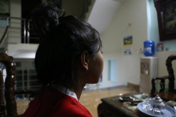 Nữ sinh lớp 7 kể lại giây phút bị bạn thân đánh, xé áo ngay trên bục giảng - Ảnh 3.