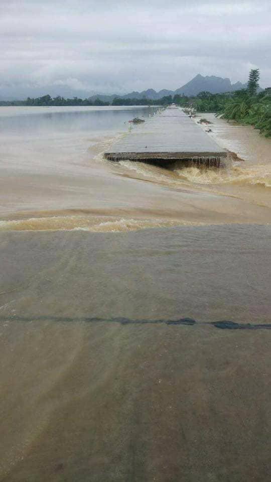 Hà Nội: Vỡ đê sông Bùi 2, hàng trăm nhà dân chìm trong biển nước - 2