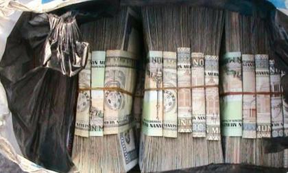 Nhặt được túi tiền, chưa kịp vui vì làm một việc tốt, bà cụ nghèo đã khổ sở vì bị đổ oan