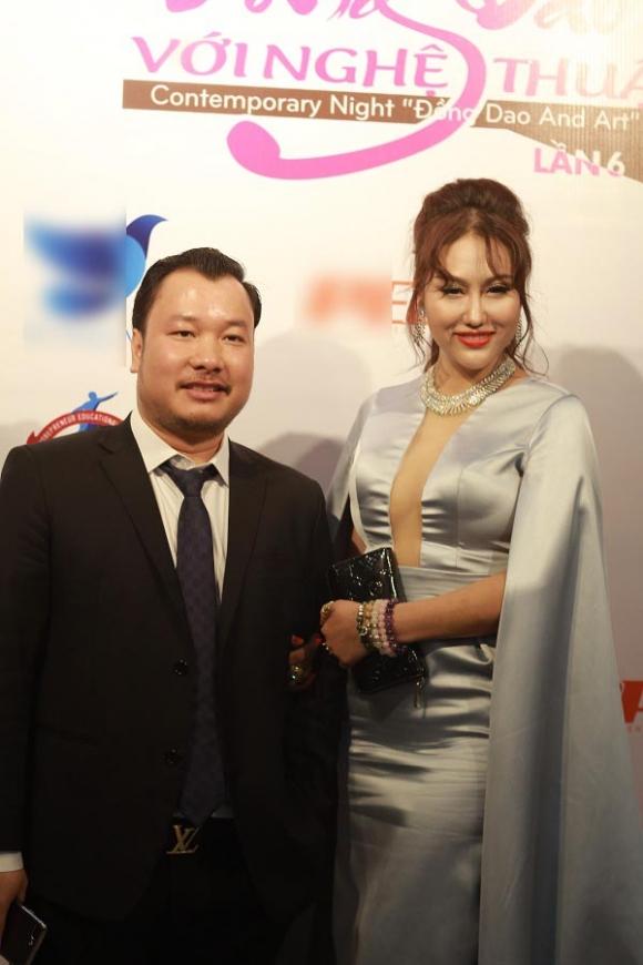 Bạn trai mới của Phi Thanh Vân bị bóc mẽ mới hơn 30 tuổi, là đại gia ảo và quỵt tiền không trả - Ảnh 3.