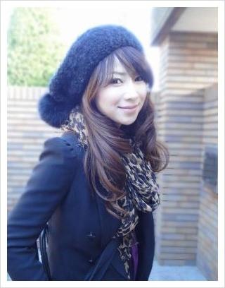 Bà cô U50 Nhật Bản khiến hot girl ghen tị vì quá trẻ đẹp - 1