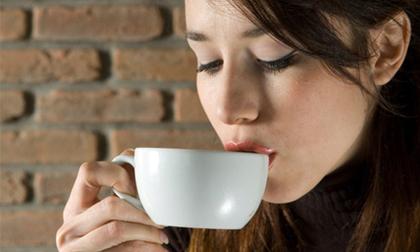Uống cà phê thời điểm này tốt hơn bạn dùng nhân sâm thuốc bổ lâu năm