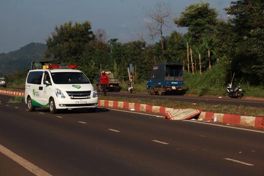 Sau 4 giờ tai nạn mới thấy nạn nhân tử vong cách hiện trường 50m - 1