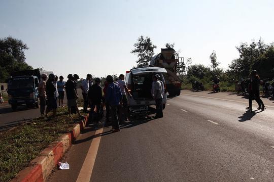 Sau 4 giờ tai nạn mới thấy nạn nhân tử vong cách hiện trường 50m - 2