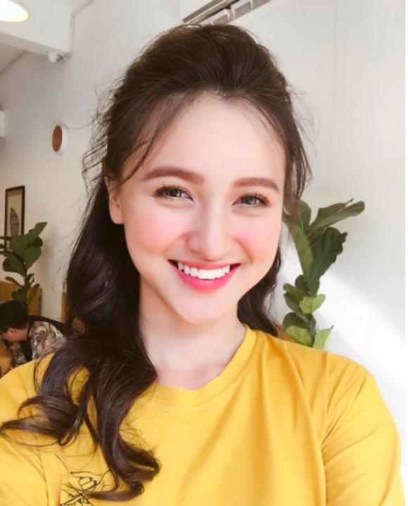 4 hot girl Việt sở hữu nụ cười đẹp tự nhiên không thể rời mắt - Ảnh 15.