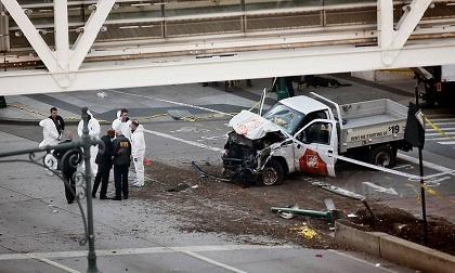 'Khủng bố xe điên' giữa lòng New York làm 8 người chết