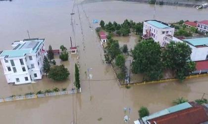 Đã có người chết do mưa lũ ở miền Trung