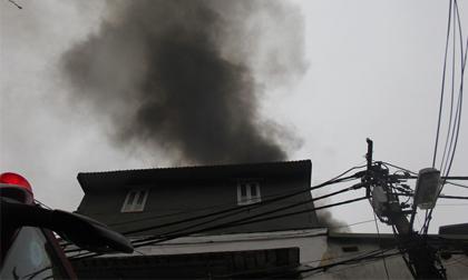 Hà Nội: Cháy ngôi nhà 3 tầng trong phố cổ, 2 người thương vong