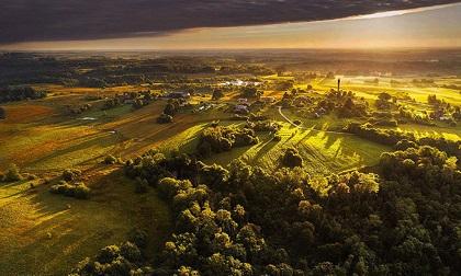 Vẻ đẹp 'nghẹt thở' của Lithuania dưới ống kính máy bay không người lái
