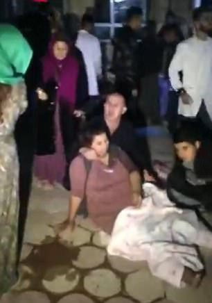 Động đất ở biên giới Iran - Iraq, hơn 361 người thương vong - Ảnh 3.