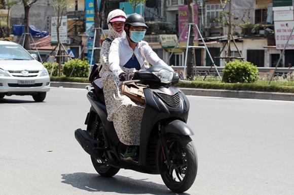 Vì sao đã lập đông, Hà Nội vẫn nắng nóng hơn 30 độ C - 1