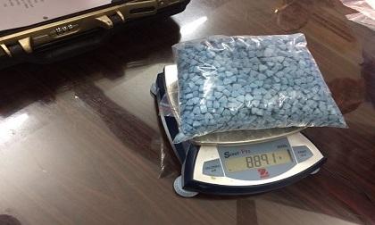 Bắt giữ 8 kg ma túy qua đường chuyển phát nhanh tại Hà Nội