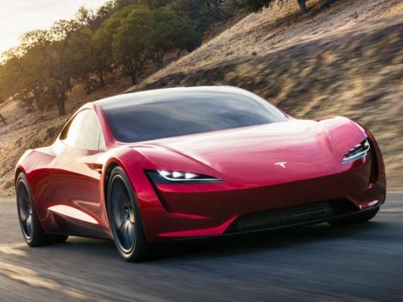 Xe điện Tesla Roadster nhanh hơn cả Bugatti Chiron - 1