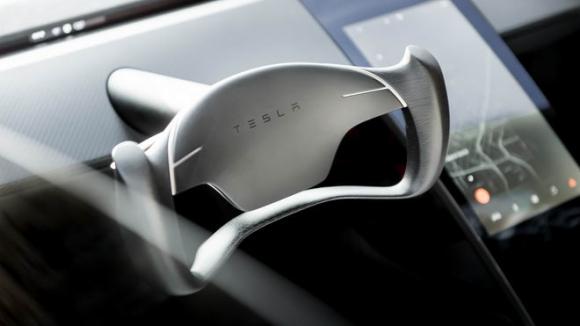 Xe điện Tesla Roadster nhanh hơn cả Bugatti Chiron - 3