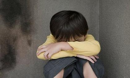 Thấy con có 1 trong những biểu hiện này khả năng trẻ bị bạo hành ở trường mầm non rất cao