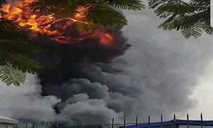 Cháy lớn công ty sản xuất sơn trong khu công nghiệp ở Bắc Ninh