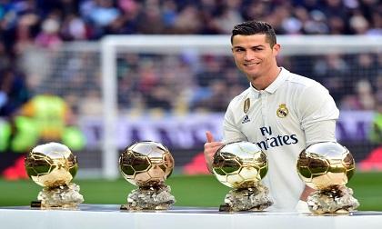 'Thứ Năm này, Ronaldo nhận Quả bóng vàng dưới tháp Eiffel'