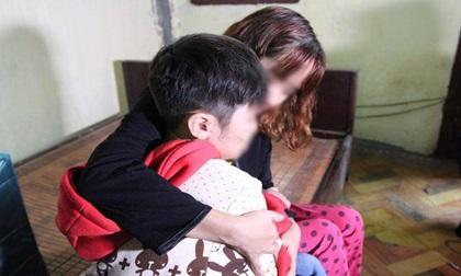 """Bé trai 10 tuổi bị bạo hành: """"Bố cháu nói học trường quốc tế nên không cần rút hồ sơ"""""""
