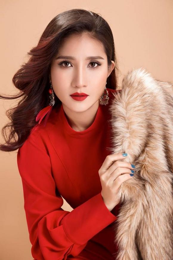 Hé lộ những góc khuất cuộc sống của 'bà mối' nổi tiếng nhất showbiz Việt Cát Tường